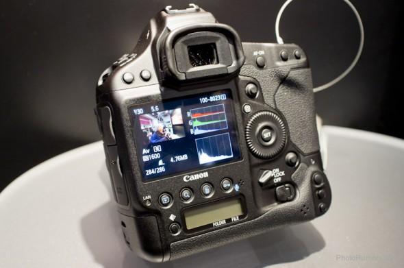 Canon-EOS-1Dx-camera