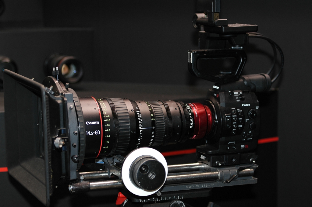 Canon Cinema-EOS - Mounted on a rig