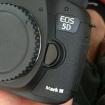 Canon-EOS-5D-Mark-III-camera