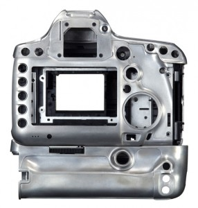 Canon EOS 5D Mark III body back 286x300 Whats inside: the guts of the Canon EOS 5D Mark III camera