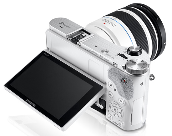 Samsung-NX300-display