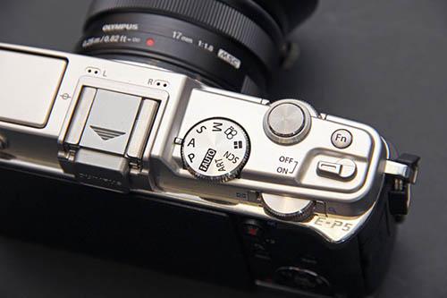 Olympus PEN E-P5 camera top