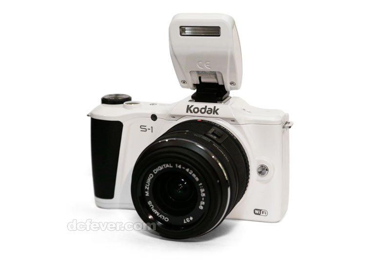 Kodak S1 mirrorless interchangeable lens camera 4