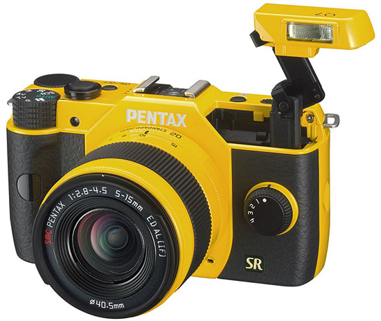 Pentax-Q7-mirrorless-camera