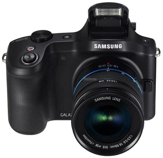 Samsung-Galaxy-NX-Android-mirrorless-camera-front