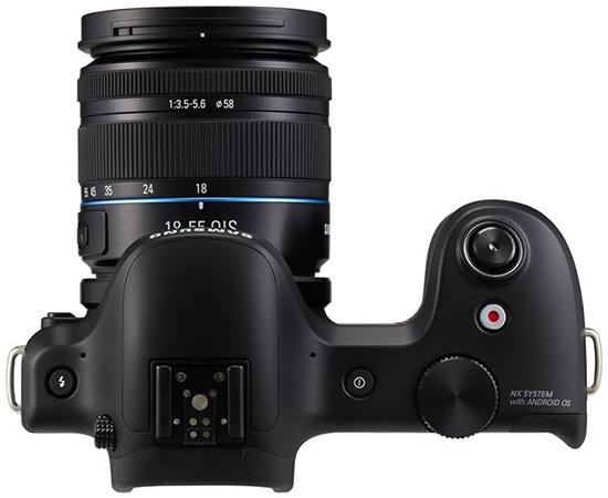 Samsung-Galaxy-NX-interchangeable-lens-camera-with-3G4G-LTE-&-Wi-Fi-connectivity-3