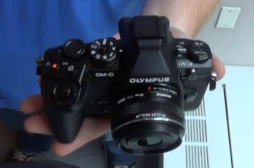 Olympus OM-D E-M1 camera-3