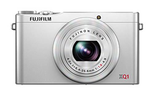 Fujifilm XQ1 camera silver