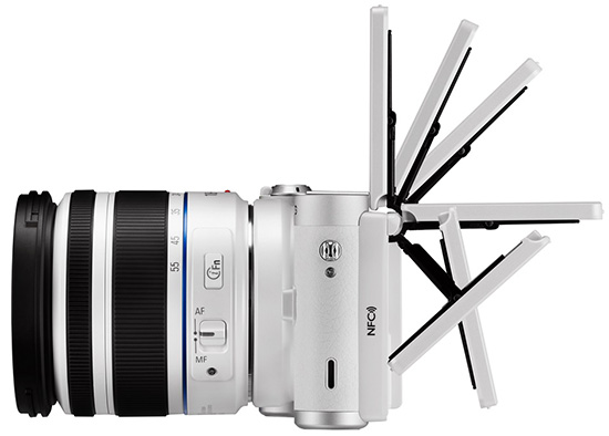 Samsung-NX300M-camera