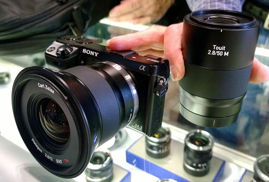 Zeiss-Touit-2.850M-macro-lens