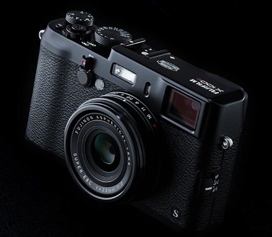 The Black Fuji X100s Camera Will Be A Limited Edition