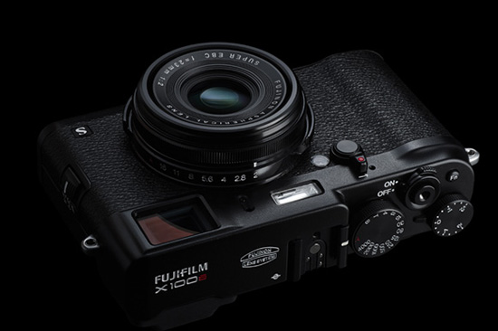 Fujifilm-X100s-black-limited-edition-camera