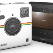 Polaroid-Socialmatic-camera