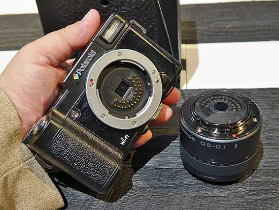 Polaroid-mirrrorless-interchangeable-lens-camera