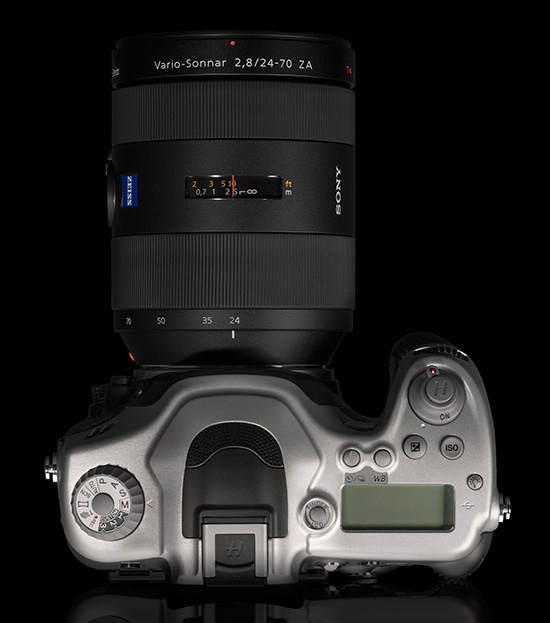 Hasselblad-HV-camera-top