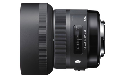 Sigma-30mm-f1.4-DC-HSM-lens-for-Sony-and-Pentax