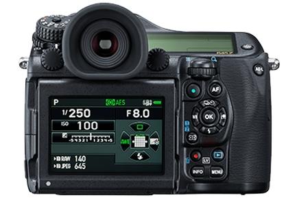Pentax 645z medium format camera 8