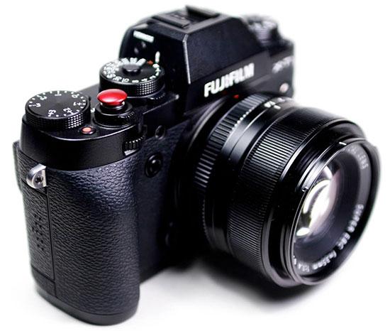 Fuji-camera-with-Lolumina-soft-release-button