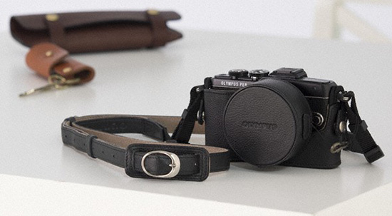 Olympus-PEN-E-PL7-camera-accessories-2