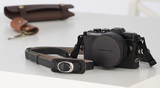 Olympus-PEN-E-PL7-camera-accessories-2