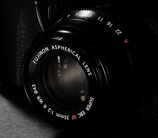 Fuji-Fujinon-XF-35mm-f2-R-WR-ASPH-lens
