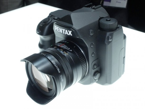 Pentax full frame K-mount DSLR camera 9