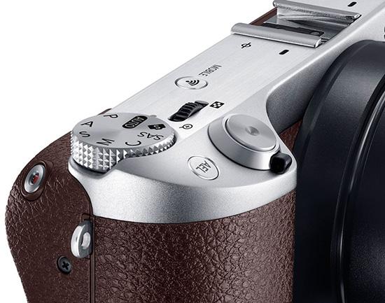 Samsung-NX500-mirrorless-camera
