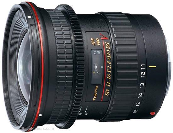 Tokina-AT-X-116-PRO-DX-V-lens-with-an-interlocking-follow-focus