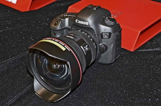 Canon EOS-5DS 5DSR DSLR camera 2