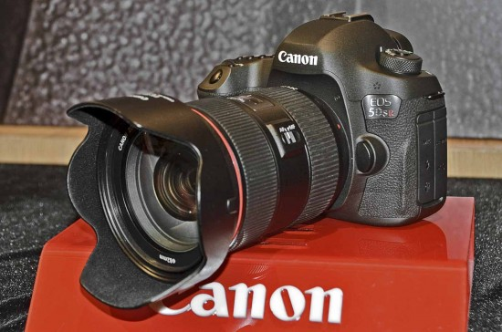 Canon EOS-5DS 5DSR DSLR camera 4