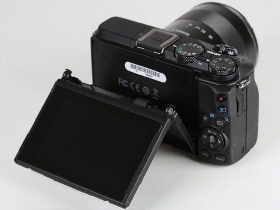 Canon EOS M3 mirrorless camera 3