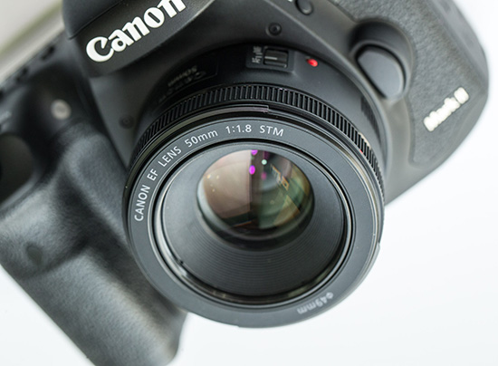 the canon ef 50mm f 1 8 stm lens is now in stock photo rumors. Black Bedroom Furniture Sets. Home Design Ideas