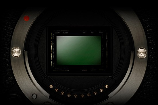 Fuji-full-frame-sensor