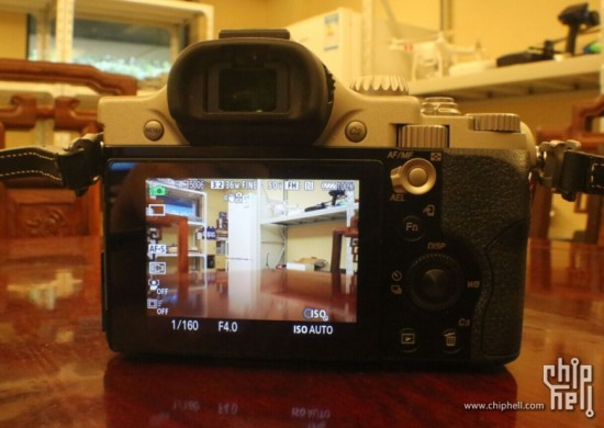 Hasselblad Lusso mirrorless camera 7