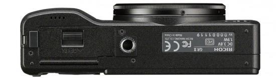 Ricoh-GR-II-camera-bottom