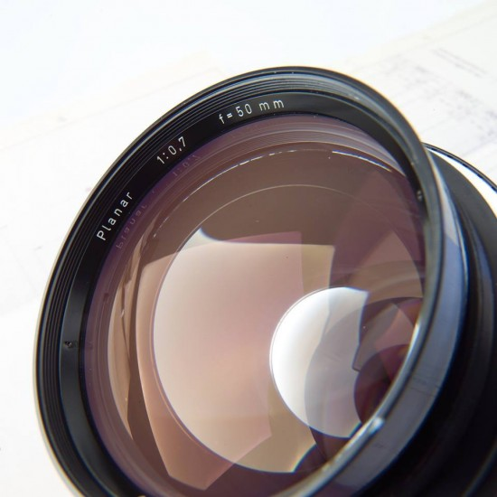 Zeiss Planar 50mm f:0.7 lens front