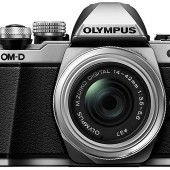 Olympus-OM-D-E-M10-Mark-II-mirrorless-camera-4