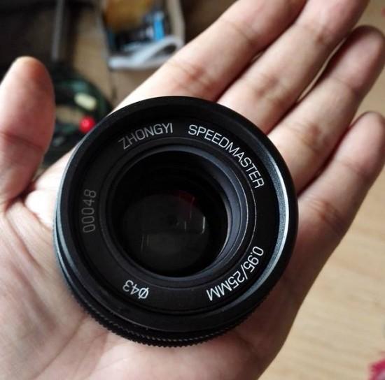 Mitakon 25mm f:0.95 lens for MFT cameras 2