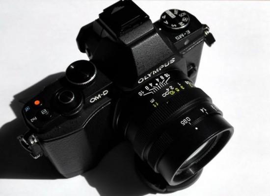Mitakon 25mm f:0.95 lens for MFT cameras 3
