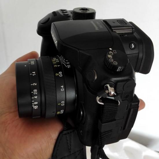 Mitakon 25mm f:0.95 lens for MFT cameras