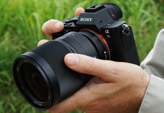 Sony-Alpha-a7S-II-full-frame-mirrorless-camera