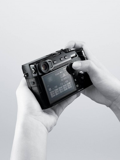 Fuji X-Pro2 camera 9