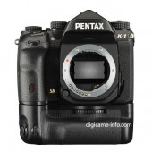 Pentax K-1 full frame DSLR camera battery grip