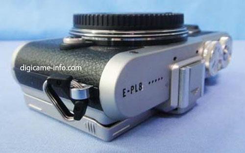 Olympus E-PL8 camera 2