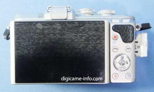 Olympus E-PL8 camera 3