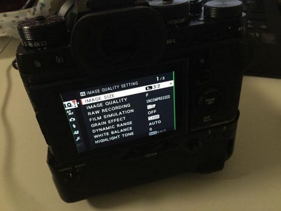 Fuji X-T2 camera LCD screen