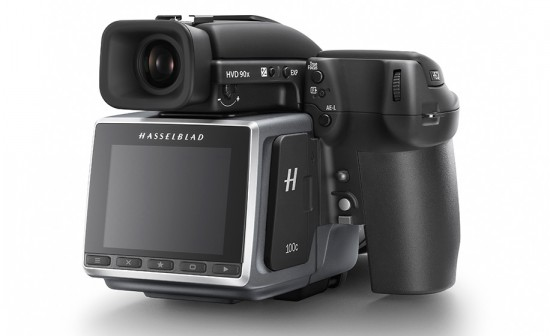 Hasselblad-H6D-medium-format-camera-2