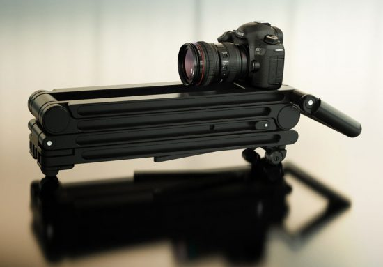 StandPlus-is-a-new-tripod-replacement-solution-without-any-knobs-or-buttons