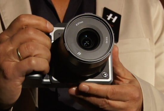 Hasselblad-X1D-medium-format-mirrorless-camera-2