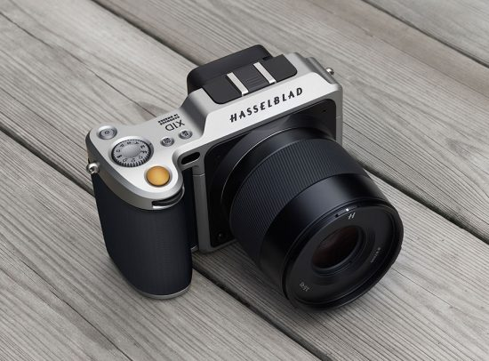 Hasselblad-X1D-medium-format-mirrorless-camera